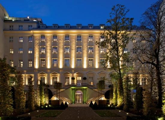 hotel barato praga: